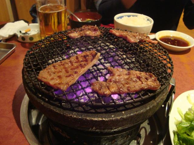 浅草「炭火焼き肉 本とさや」へ行く。_f0232060_3174851.jpg