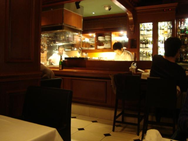 広尾「レストラン マノワ」へ行く。_f0232060_3432130.jpg