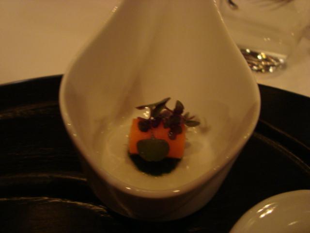 広尾「レストラン マノワ」へ行く。_f0232060_3461330.jpg