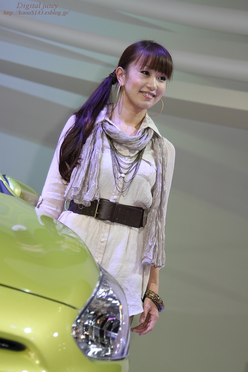 青依 さん(三菱自動車工業株式会社 ブース)_c0216181_2283382.jpg
