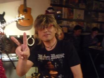 2011年、カラフル年末ライブのライブレポ。これで終了!_e0188087_1513097.jpg
