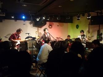 2011年、カラフル年末ライブのライブレポ。これで終了!_e0188087_1534472.jpg