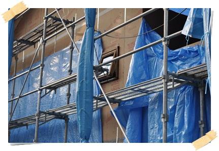 着工43日目、ウォルナットに塗装された木製サッシ_c0176271_23293685.jpg