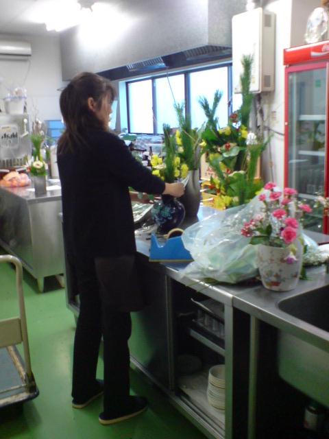 お正月の準備、新年のお花。_d0182179_20382743.jpg