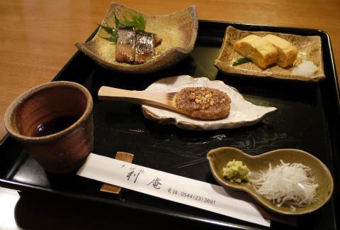 オーナー様のお蕎麦~そば処「利庵」_c0160488_23555325.jpg