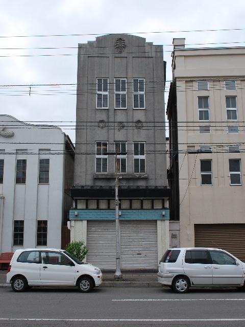函館銀座通りレトロ建築コレクション・2011(その2)_f0142606_0394552.jpg
