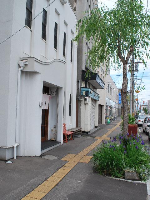 函館銀座通りレトロ建築コレクション・2011(その2)_f0142606_11161475.jpg