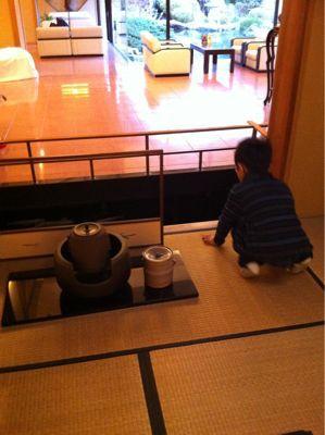 茶室で見つけたぞう(^-^)/_f0141246_8175589.jpg