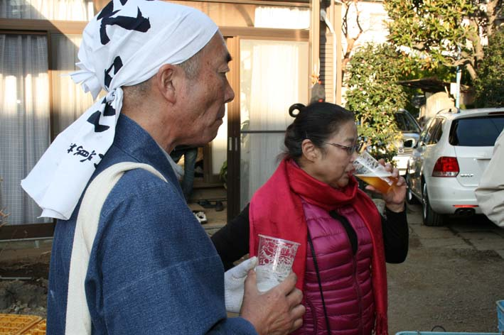 若林伝吉邸での餅つきと「新北鎌倉の恵み」の試飲②試飲_c0014967_2194223.jpg