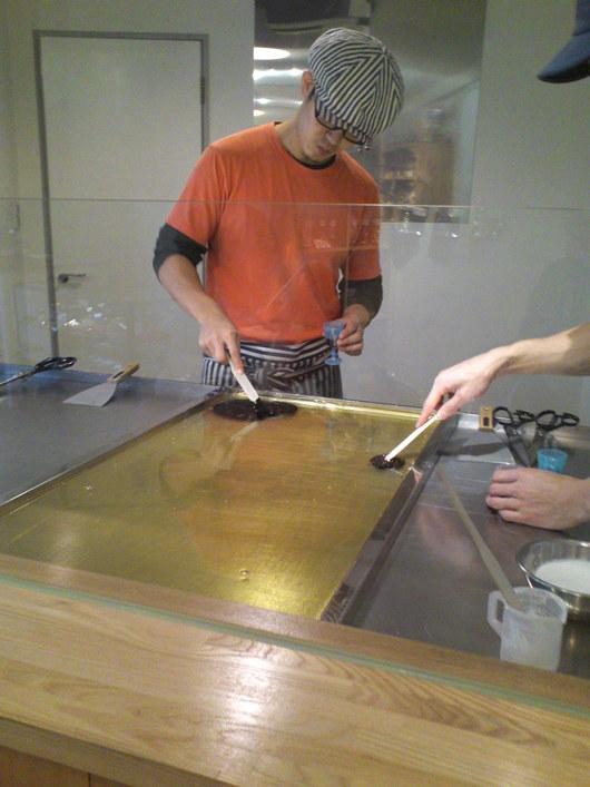 TIK TOK (用賀)にて、キャンディ作り見学。_a0213770_1305559.jpg