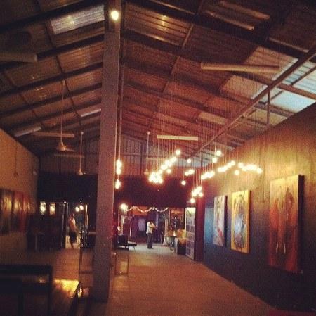 12月30日 【Mangkut cafe/マンクットカフェ@ワンラン船着場付近】_a0036513_255352.jpg