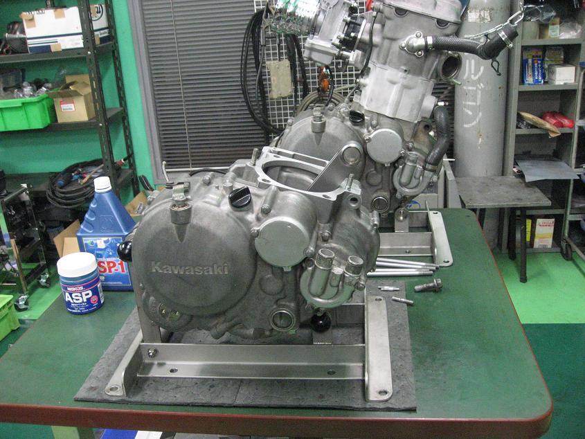 KLX650 エンジン!!!_f0231916_9564098.jpg