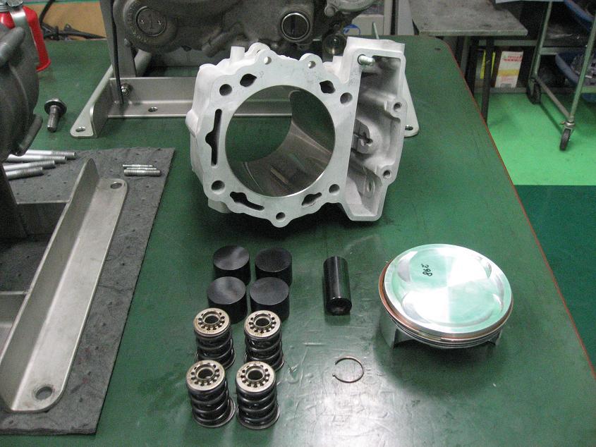 KLX650 エンジン!!!_f0231916_958913.jpg