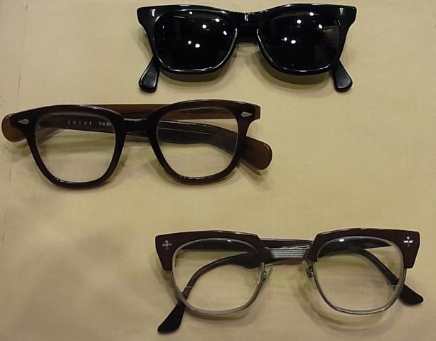 アンティーク眼鏡。_c0144020_1544840.jpg