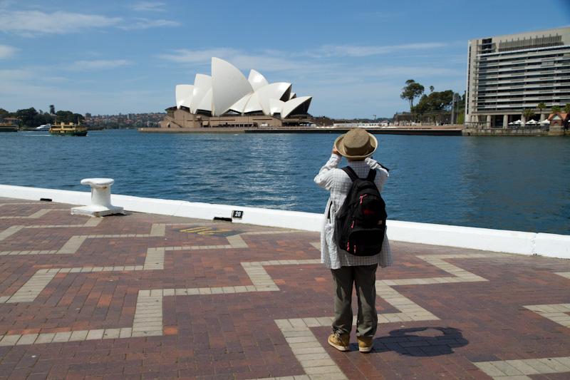 オペラハウスをきちんと見たことがない_f0137354_15502430.jpg