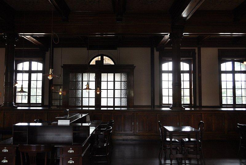 旧日本郵船小樽支店_c0112559_1743619.jpg