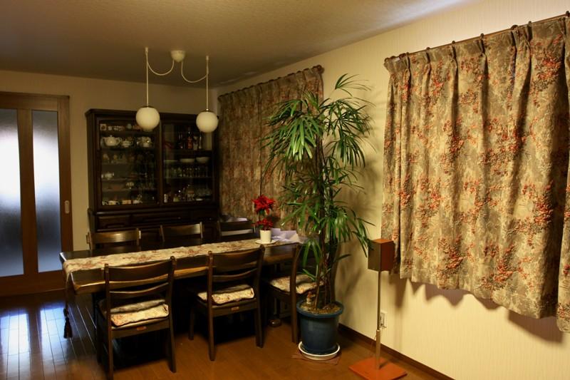 2011年12月26日    食器棚_f0229190_1145049.jpg