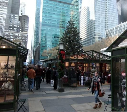 NYのブライアント・パークのホリデー・マーケットは新年になってもまだオープン中?!_b0007805_13565239.jpg