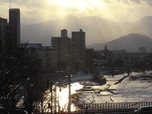 2012 謹賀新年 ~改めて~日本の心・感性と~東洋西洋の技との~調和・発展~ 「和魂洋才」 編_c0177259_183198.jpg