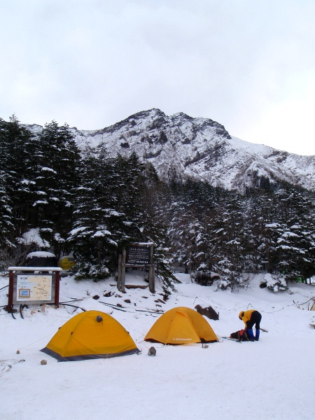 お正月登山 南八ヶ岳縦走-阿弥陀岳へ_c0177814_2333881.jpg