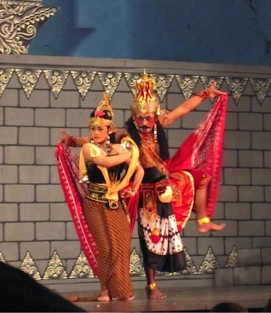 Ramayana Dance_f0197215_1704220.jpg
