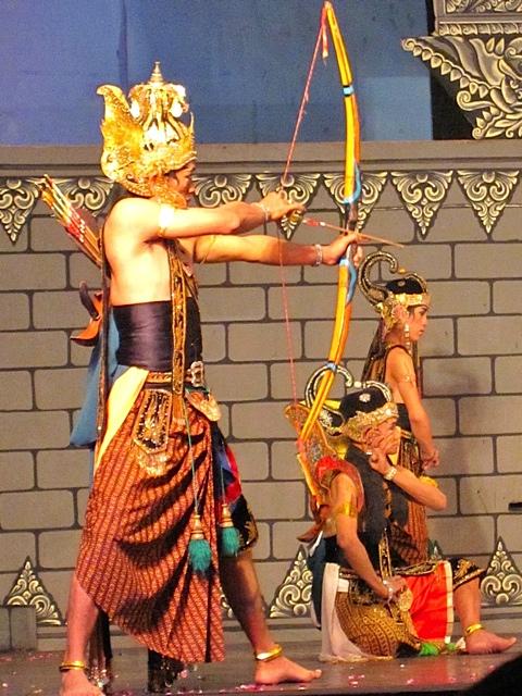 Ramayana Dance_f0197215_1713539.jpg