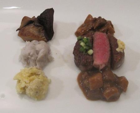 1月の料理「大三島の猪の、赤身&脂身」_d0177560_18323324.jpg