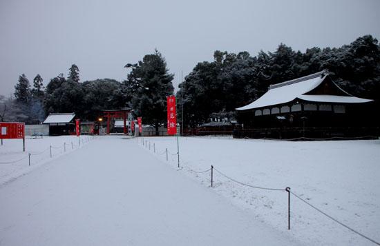 上賀茂神社 雪景色_e0048413_14565163.jpg