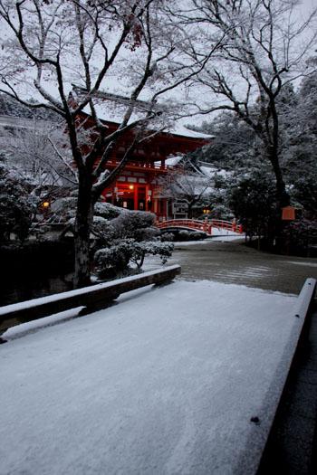 上賀茂神社 雪景色_e0048413_14571775.jpg