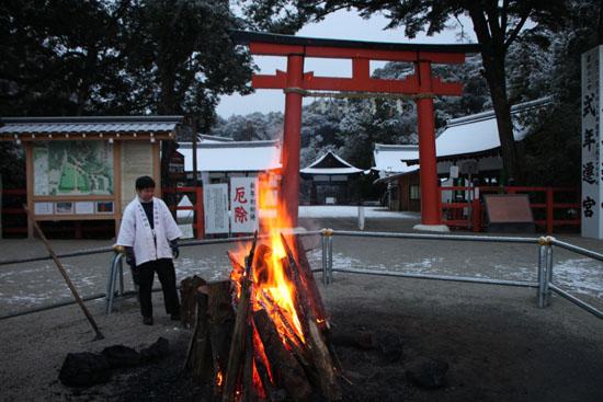 上賀茂神社 雪景色_e0048413_14583826.jpg