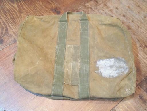 1/7(土)入荷!vintage MILITARY KIT bag_c0144020_16442152.jpg