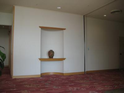 日南市内のホテルを飫肥杉化_f0138874_1625687.jpg