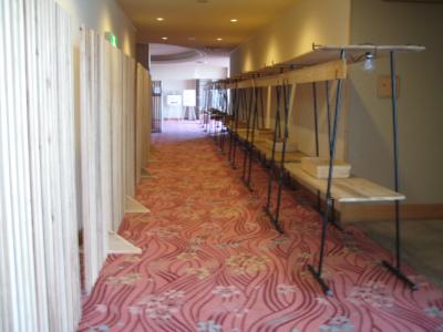 日南市内のホテルを飫肥杉化_f0138874_1642280.jpg