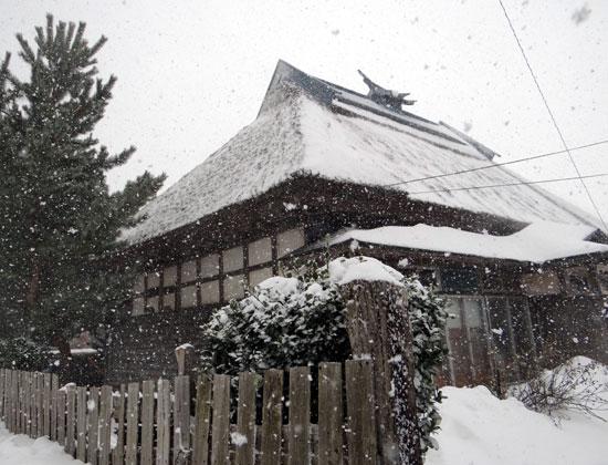 茅葺き民家、冬景色♪_a0136293_14435989.jpg