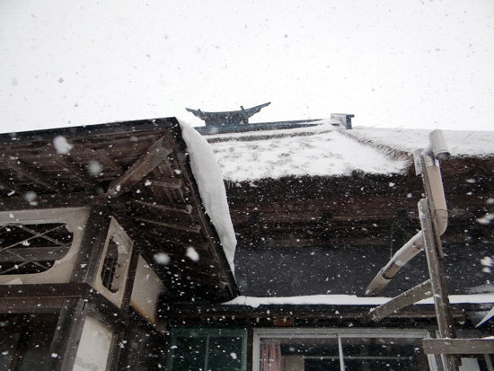 茅葺き民家、冬景色♪_a0136293_14444050.jpg
