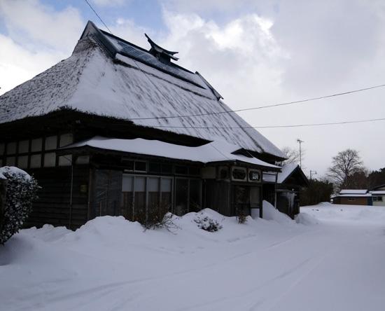 茅葺き民家、冬景色♪_a0136293_14454241.jpg