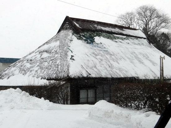 茅葺き民家、冬景色♪_a0136293_15161634.jpg