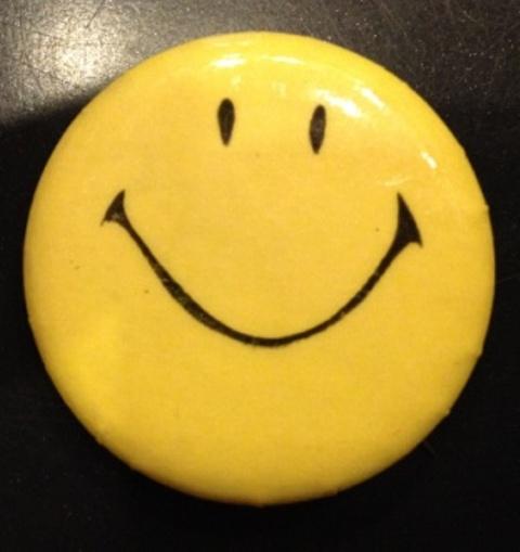 SMILE カンバッチ!_c0144020_1734145.jpg