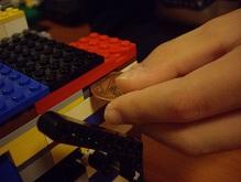 LEGOで作った自動販売機!_f0045667_222340100.jpg