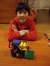 LEGOで作った自動販売機!_f0045667_222667.jpg
