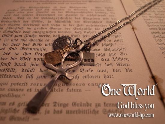 Cross Necklace_a0155932_1505921.jpg