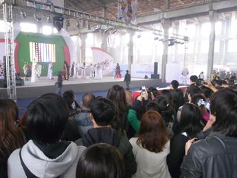 北京のコミケにようこそ(国際マンガサミット北京大会2011報告 その2 )_b0235153_7204992.jpg