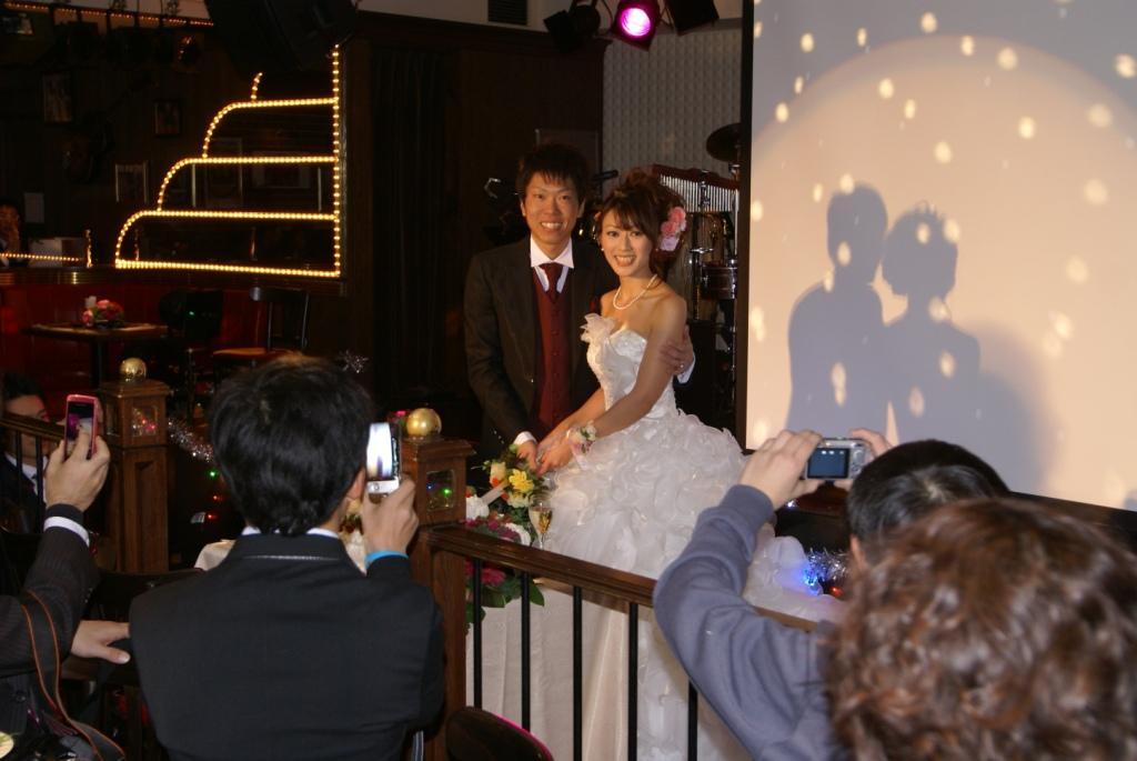 絹予さん結婚式2次会パーティー_e0165756_13594342.jpg