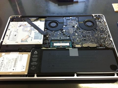 相棒(MacBook Pro)のメモリを増設しました。_f0173971_16151491.jpg