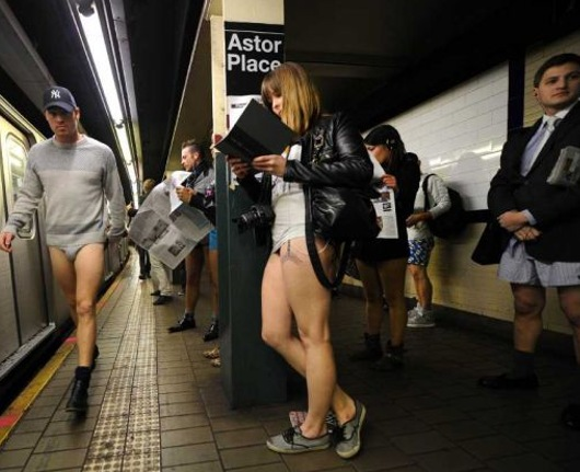 No Pants Subway Ride 2012_b0007805_2341196.jpg