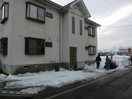 南魚沼市で雪下ろし_a0128408_17511753.jpg