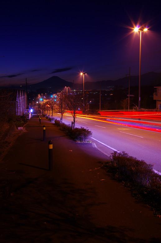 光跡と富士_a0204724_19264459.jpg