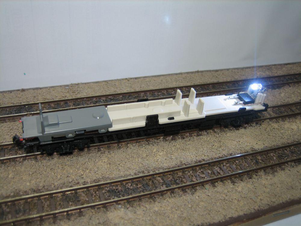 KATO ニセコ荷物車の自作室内灯取付け_e0120143_23181258.jpg