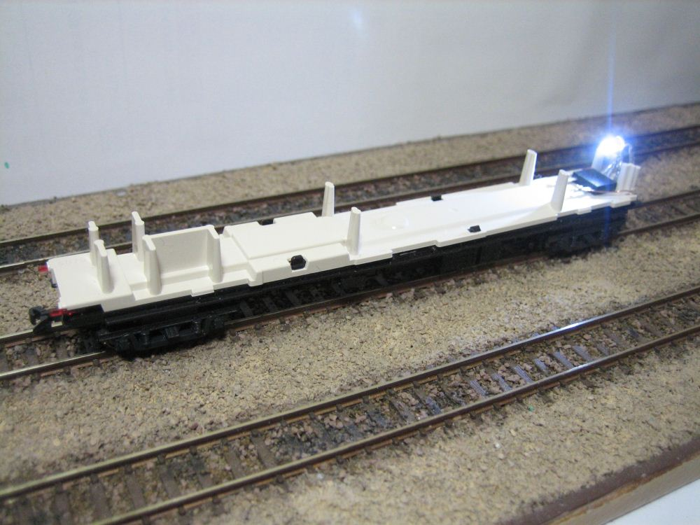 KATO ニセコ荷物車の自作室内灯取付け_e0120143_23185630.jpg