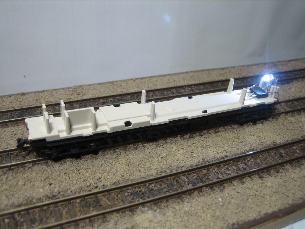 KATO ニセコ荷物車の自作室内灯取付け_e0120143_23193011.jpg